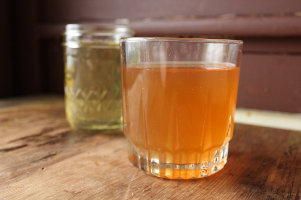 Green and black tea kombucha